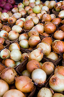 Fresh Food Locally Grown - Produce, fruit and veggies at Farmer's markets, from the farm to the table - onions
