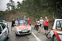 Rain transformed the road surface into a slippery mess and more than 20 riders crashed on the downhill.<br /> (just back into racing after an injury) André Greipel (DEU/Lotto-Belisol) refuses to continue and is decided to leave the race if the stage isn't neutralised.<br /> His bike is already being put onto the roofrack by the team mechanic while DS Jean-Pierre Heynderickx (BEL) is checking with commisaires over the phone on what to do next.<br /> <br /> Tour of Turkey 2014<br /> stage 4