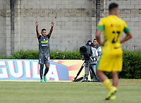 ITAGÜÍ - COLOMBIA, 07-04-2018: David Lemus jugador de Once Caldas celebra después de anotar un gol a Leones FC durante partido por la fecha 13 de la Liga Aguila I 2018 jugado en el estadio Metropolitano de Itaguí. / David Lemus  player of Once Caldas celebrate after scoring a goal to Leones FC during match for the date 13 of the Aguila League I 2018 played at Metropolitano stadium in Itaguí city.  Photo: VizzorImage / León Monsalve / Cont