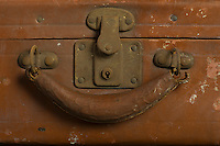 Willard Suitcases / William Lo / ©2014 Jon Crispin