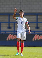 Easah Suliman of Englandduring the International match between England U19 and Netherlands U19 at New Bucks Head, Telford, England on 1 September 2016. Photo by Andy Rowland.