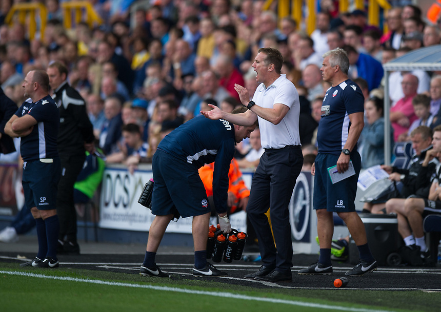 Bolton Wanderers manager Phil Parkinson shouts instructions to his team from the technical area<br /> <br /> Photographer Ashley Western/CameraSport<br /> <br /> The EFL Sky Bet Championship - Millwall v Bolton Wanderers - Saturday August 12th 2017 - The Den - London<br /> <br /> World Copyright &not;&uml;&not;&copy; 2017 CameraSport. All rights reserved. 43 Linden Ave. Countesthorpe. Leicester. England. LE8 5PG - Tel: +44 (0) 116 277 4147 - admin@camerasport.com - www.camerasport.com