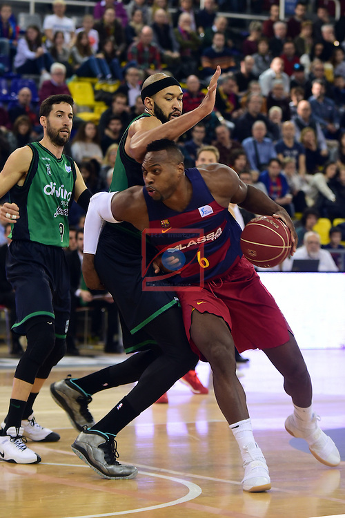 League ACB-ENDESA 2016/2017 - Game: 13.<br /> FC Barcelona Lassa vs Divina seguros Joventut: 79-77.<br /> Joey Dorsey vs Jerome Jordan.