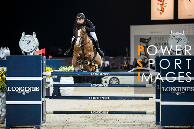 Billy Raymont of Australia riding Oaks Redwood competes in the Masters One DBS during the Longines Masters of Hong Kong at AsiaWorld-Expo on 11 February 2018, in Hong Kong, Hong Kong. Photo by Ian Walton / Power Sport Images