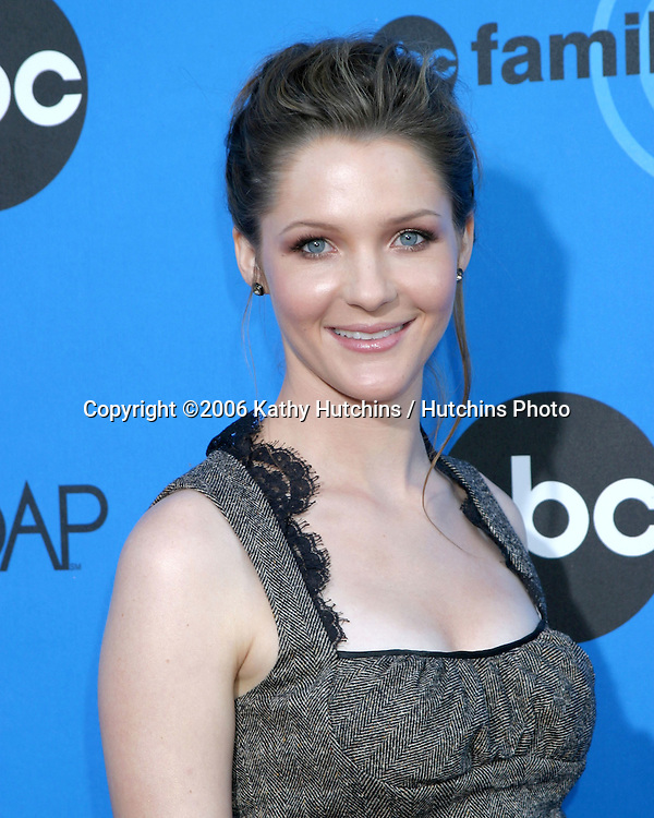 Jessica Collins.ABC Television Group TCA Party.Kids Space Museum.Pasadena, CA.July 19, 2006.©2006 Kathy Hutchins / Hutchins Photo....
