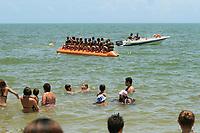 PORTO SEGURO, BA, 08.01.2019 - BANANA BOAT - Imagem de arquivo de Banana Boat nas praias da orla norte da cidade de Porto Seguro(BA). (Foto: Joá Souza / Brazil Photo Press).