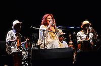 RIO DE JANEIRO, RJ, 07.09.2013 - SHOW/BETH CARVALHO - Após um ano internada a cantora Beth carvalho retorna aos palcos na noite deste sábado (7), no centro do Rio de Janeiro. (Foto: Marcelo Fonseca / Brazil Photo Press).