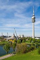 Deutschland, Bayern, Oberbayern, Muenchen: Olympia-Park mit Fernsehturm | Germany, Bavaria, Upper Bavaria, Munich: Olympic Park with TV-tower
