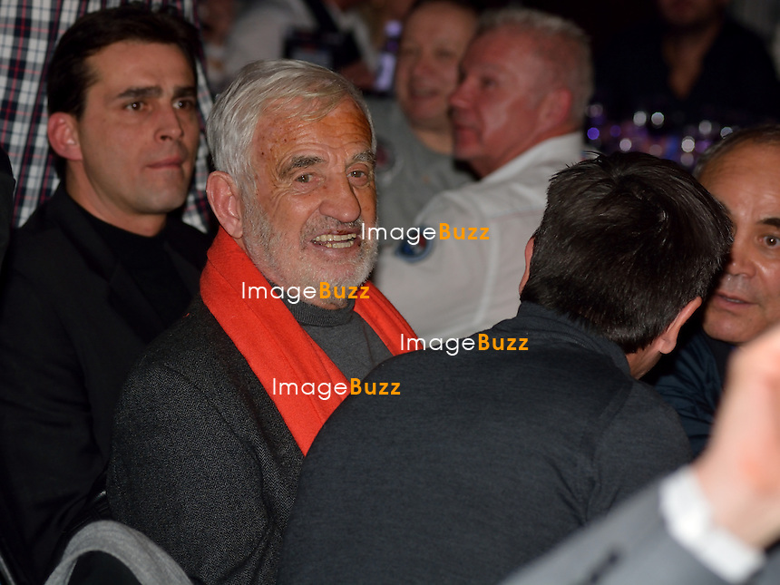 Jean-Paul Belmondo assiste au match de boxe opposant le boxeur Fran&ccedil;ais Sofiane Takoucht au boxeur belge Alex Miskirtchian, au Country Hall de Li&egrave;ge, en Belgique.<br /> Sofiane Takoucht battu par Alex Miskirtchian.<br /> Belgique, Li&egrave;ge, 11/01/2014<br /> French actor Jean-Paul Belmondo attends a boxing match in Li&egrave;ge, Belgium, between French boxer Sofiane Takoucht and Belgian boxer Alex Miskirtchian.<br /> Belgium, Li&egrave;ge, January 11, 2014.