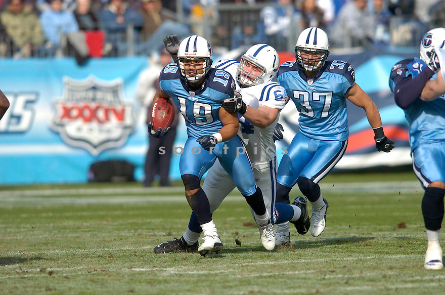 BOBBY WADE of the Tennessee Titans, in action against the Indianapolis Colts on December 3, 2006 in Nashville, TN...Titans win 20-17..Chris Bernacchi / SportPics