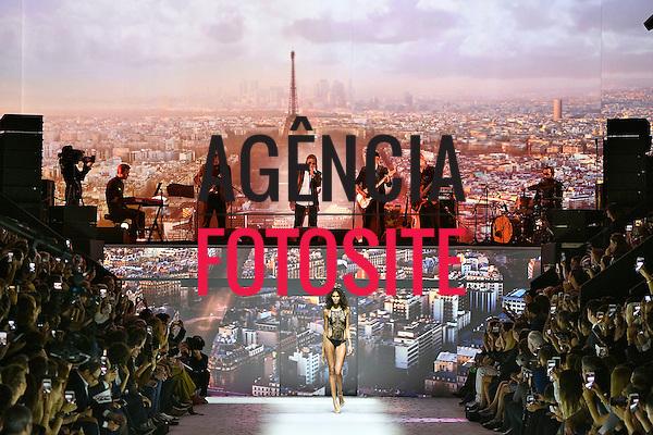 Etam<br /> <br /> PARIS - Verao 2017<br /> <br /> Setembro 2016<br /> <br /> foto: FOTOSITE