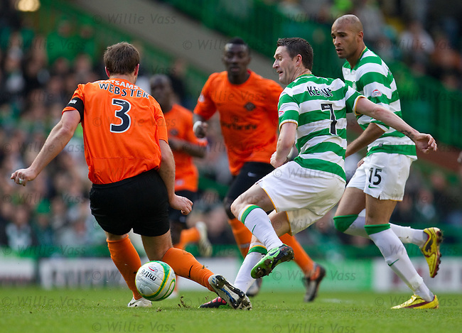Andy Webster tackles Robbie Keane
