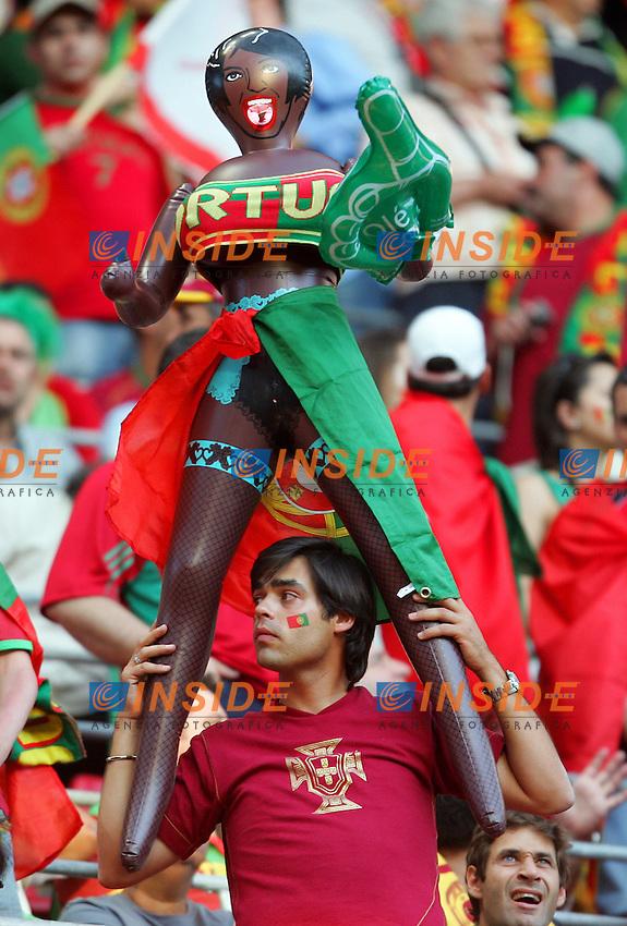Koln 11/6/2006 World Cup 2006.Angola Portugal - Angola Portogallo 0-1.Photo Andrea Staccioli Insidefoto.Un tifoso portoghese