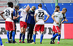v.l. Gideon Jung, Physiotherapeut Mario Reicherz, Rick van Drongelen (verletzt), Mannschaftsarzt Dr. Wolfgang Schillings, Martin Harnik, Tim Leibold, Aaron Hunt (HSV)<br />Hamburg, 28.06.2020, Fussball 2. Bundesliga, Hamburger SV - SV Sandhausen<br />Foto: VWitters/Witters/Pool//via nordphoto<br /> DFL REGULATIONS PROHIBIT ANY USE OF PHOTOGRAPHS AS IMAGE SEQUENCES AND OR QUASI VIDEO<br />EDITORIAL USE ONLY<br />NATIONAL AND INTERNATIONAL NEWS AGENCIES OUT