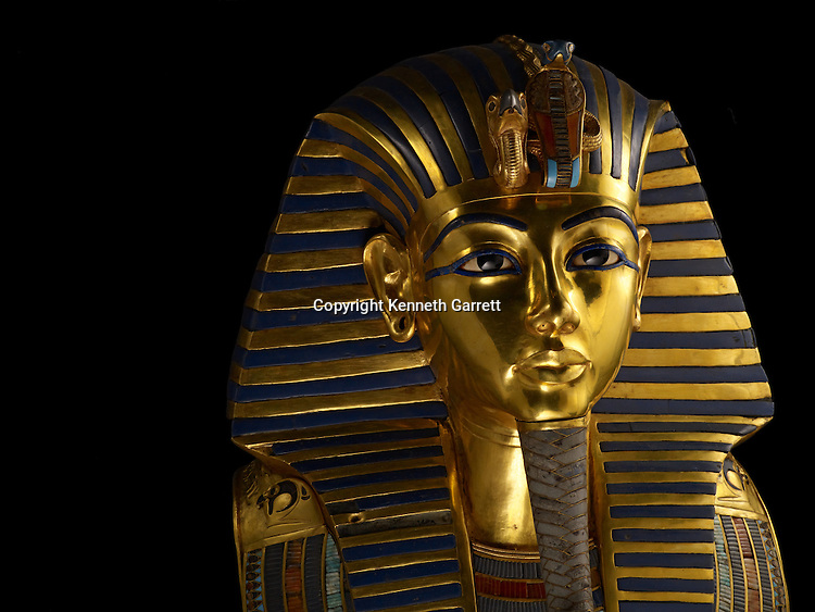 mm7864; 18th Dynasty; New Kingdom; Egypt; Tut; Tutankhamun; Mummy; Valley of the Kings, KV62, Death Mask, Gold, The Egyptian Museum, Cairo