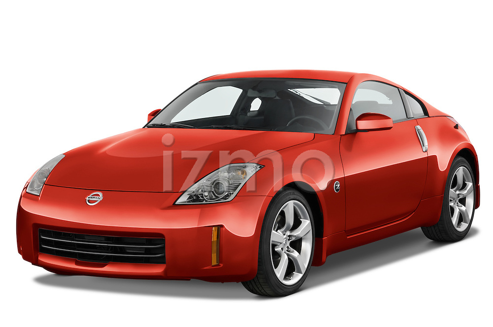Front three quarter view of a 2008 Nissan 350z Coupe.
