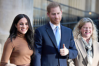 07/01/2020 - Prince Harry Duke of Sussex and Meghan Duchess of Sussex Markle with the High Commissioner for Canada in the United Kingdom, Janice Charette during a visit to Canada House, in London, in thanks for the warm Canadian hospitality and support they received during their recent stay in Canada. Photo Credit: ALPR/AdMedia