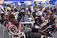 SAO PAULO, SP, 12 FEVEREIRO 2013 - CARNAVAL SP - APURAÇÃO -  Presidentes e diretores da Vai-Vai durante apuração dos votos das escolas de Samba do Grupo Especia no Sambódromo do Anhembi na região norte da capital paulista, nesta terça, 12. FOTO: LEVI BIANCO - BRAZIL PHOTO PRESS