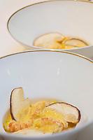 Europe/France/Centre/41/Loir-et-Cher/Sologne/Romorantin-Lanthenay: Cappucino de cèpes et écrevisses, recette de  Didier Clément, chef du  Grand Hôtel du Lion d'Or //  Europe/France/Centre/Loir-et-Cher/Sologne/Romorantin-Lanthenay: Cappucino mushrooms and crayfish, - Recipe Didier Clement of Restaurant Le Lion d'Or