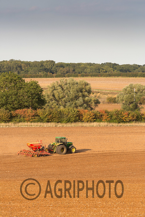 Drilling Winter wheat in Rutland <br /> Picture Tim Scrivener 07850 303986<br /> tim@agriphoto.com<br /> &hellip;.covering agriculture in the UK&hellip;.