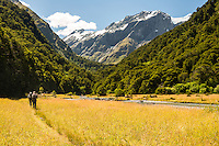 Trampers at Matukituki River at Pearl Flat, Mt. Aspiring National Park, Central Otago, World Heritage Area, South Island, New Zealand