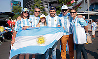NEW JERSEY - UNITED STATES, 26-06-2016: Hinchas de Argentina previo al encuentro entre Argentina (ARG) y Chile (CHI) durante partido por la final de la Copa América Centenario USA 2016 jugado en el estadio Metlife en New Jersey, NJ, USA. /  Fans of Argentina prior the match between Argentina (ARG) and Chile (CHI) for the final of the Copa América Centenario USA 2016 played at Metlife stadium in New Jersey, NJ, USA. Photo: VizzorImage/ Luis Alvarez /Str