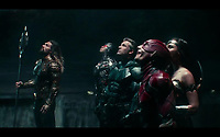 Justice League (2017) <br /> JASON MOMOA, RAY FISHER, BEN AFFLECK, EZRA MILLER, GAL GADOT<br /> *Filmstill - Editorial Use Only*<br /> CAP/FB<br /> Image supplied by Capital Pictures