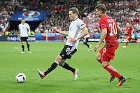 Andre Schürrle (D) gegen Lukasz Piszczek (POL) - EM 2016: Deutschland vs. Polen, Gruppe C, 2. Spieltag, Stade de France, Saint Denis, Paris