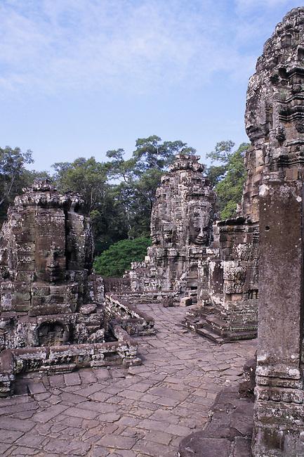 CAMBODIA, ANGKOR, ANGKOR THOM, BAYON TEMPLE, FACES OF AVALOKITESVARA