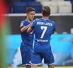Torjubel des Torschützen Christoph Baumgartner (TSG 1899 Hoffenheim) Jubel und Freude bei Jacob Bruun Larsen (TSG 1899 Hoffenheim)<br /> <br /> Foto: POOLFOTO/Avanti/Ralf Poller/PIX-Sportfotos.<br /> TSG 1899 Hoffenheim-1. FC Koeln.<br /> Sinsheim,  GER, 27.05.2020 , 28. Spieltag , Fussball 1. Bundesliga 2019/2020.<br /> <br /> Sport: Fussball: LIGA: Saison 19/20: TSG 1899 Hoffenheim- 1.FC Koeln, 27.05.2020.<br /> Foto: RALF POLLER/AVANTI/POOL<br /> <br /> Nur für journalistische Zwecke! Only for editorial use! <br /> Gemäß den Vorgaben der DFL Deutsche Fußball Liga ist es untersagt, in dem Stadion und/oder vom Spiel angefertigte Fotoaufnahmen in Form von Sequenzbildern und/oder videoähnlichen Fotostrecken zu verwerten bzw. verwerten zu lassen. DFL regulations prohibit any use of photographs as image sequences and/or quasi-video.