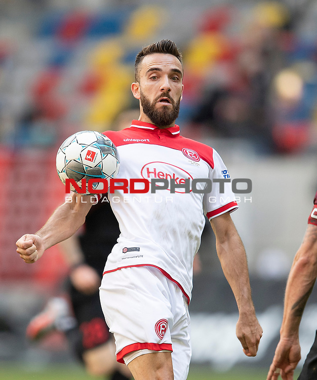 Kenan KARAMAN (D) Aktion<br />