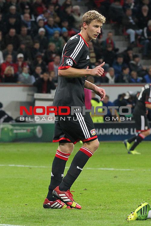 02.10.2013, BayArena, Leverkusen, GER, CL, Bayer Leverkusen vs Real Sociedad, im Bild<br /> Daumen hoch von Stefan Kie&szlig;ling (Leverkusen #11)<br /> <br /> <br /> Foto &copy; nph / Mueller