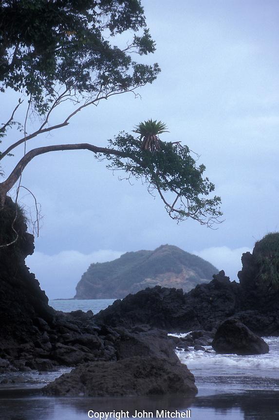 Rocky Pacific  coastline, Manuel Antonio National Park, Costa Rica