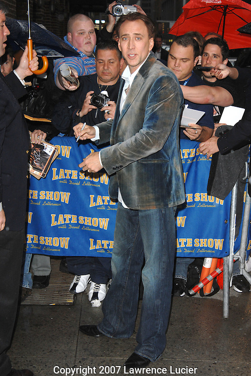 "Actor Nic Cage arrives for a studio recording of the televsion show ""Late Night with David Letterman"" April 25, 2007, at the Ed Sullivan Theater in New York City.. (Pictured : NIC CAGE)."