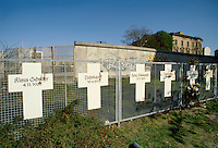 - Berlin, memorial for the people dead in the attempt to leave the German Democratic Republic crossing the Wall ....- Berlino, memoriale per i morti nel tentativo di abbandonare la Repubblica Democratica Tedesca scavalcando il Muro