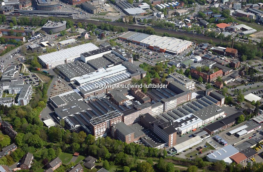 Hauni Werke: EUROPA, DEUTSCHLAND, HAMBURG, (EUROPE, GERMANY), 11.05.2017: Bergedorf, Die Hauni-Werke in Hamburg Bergedorf, die fuer die Tabakindustrie weltweit Zigaretten-Produktionsmaschinen herstellt.