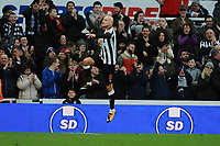 Jonjo Shelvey of Newcastle United celebrates scoring Newcastle United's third goal during Newcastle United vs Luton Town, Emirates FA Cup Football at St. James' Park on 6th January 2018