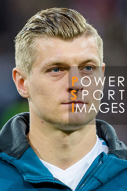 Toni Kroos of Real Madrid prior to the UEFA Champions League 2017-18 quarter-finals (2nd leg) match between Real Madrid and Juventus at Estadio Santiago Bernabeu on 11 April 2018 in Madrid, Spain. Photo by Diego Souto / Power Sport Images