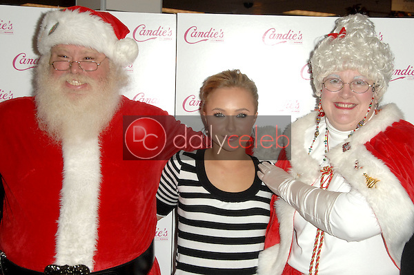 Hayden Panettiere<br /> at an instore appearance to benefit Kohl's Cares for Kids. Kohl's Arcadia, San Gabriel, CA. 12-13-08<br /> Dave Edwards/DailyCeleb.com 818-249-4998