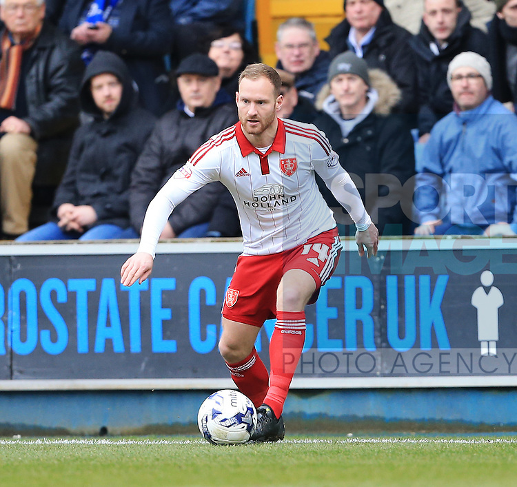 Sheffield United's Matt Done in action during the League One match at The Den.  Photo credit should read: David Klein/Sportimage