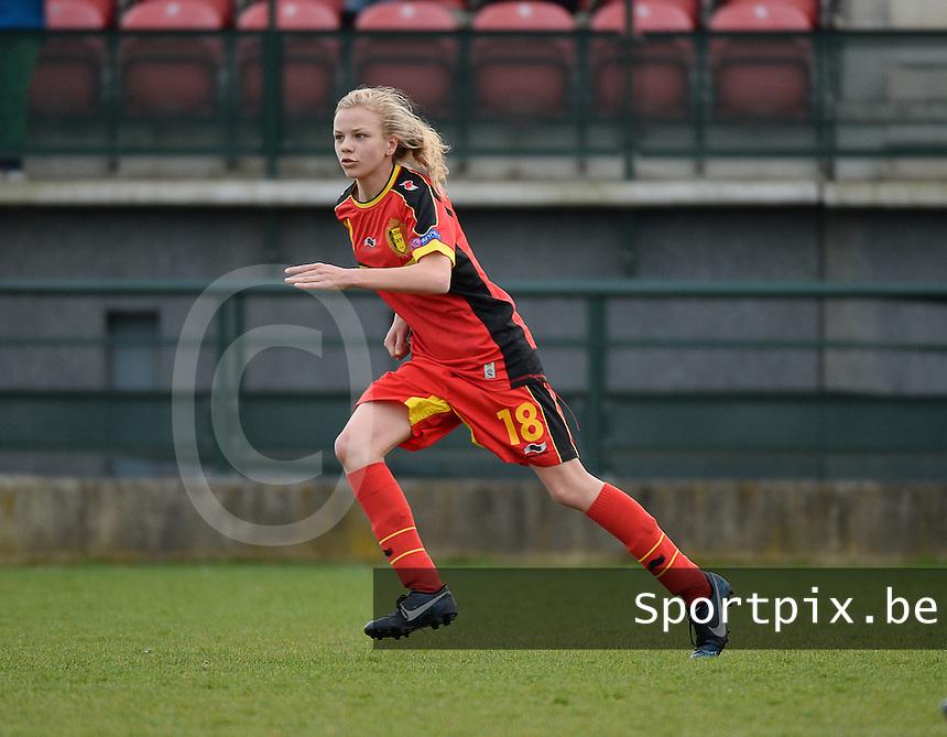 Women U15 : Belgian Red Flames - Nederland :<br /> <br /> Sarah Wijnants<br /> <br /> foto Dirk Vuylsteke / Nikonpro.be