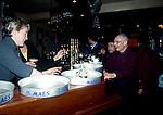Geel-Belgio. I pazienti escono, vanno al bar fanno vita sociale esono sempre seguiti da un assistente.