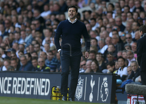 April 8th 2017,White Hart Lane, Tottenham, London, England; EPL Premier league football, Tottenham Hotspur versus Watford; Tottenham Hotspur Manager Mauricio Pochettino shouting to this players from the touchline