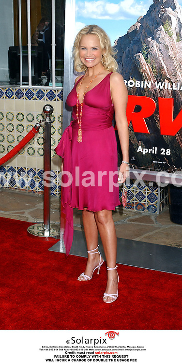 ALL ROUND PICTURES FROM SOLARPIX.COM.MUST CREDIT SOLARPIX.COM OR DOUBLE FEE INCURRED.The film premiere of RV in California at the 'village theatre' in Westwood,Ca in the USA on April 23,2006. .This pic shows:Kristin Chenoweth arrives at the premiere of her film, RV..DATE:25.04.06-JOB REF:2275-GLS