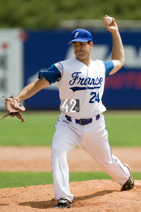 BASEBALL - GREEN ROLLER PARK - PRAGUE (CZECH REPUBLIC) - 25/06/2008 - PHOTO: CHRISTOPHE ELISE.PITCHER PATRICE BRIONES (TEAM FRANCE)