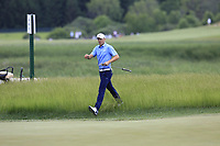 Jordan Spieth (USA) finishes his match during Sunday's Final Round of the 117th U.S. Open Championship 2017 held at Erin Hills, Erin, Wisconsin, USA. 18th June 2017.<br /> Picture: Eoin Clarke | Golffile<br /> <br /> <br /> All photos usage must carry mandatory copyright credit (&copy; Golffile | Eoin Clarke)