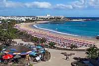 Spain, Canary Island, Lanzarote, Costa Teguise: View over Playa de las Cucharas | Spanien, Kanarische Inseln, Lanzarote, Costa Teguise: Playa de las Cucharas