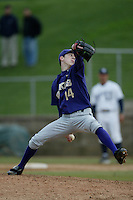 February 12 2005: Tim Lincecum of the University of Washington in action at UC Irvine in Irvine,CA.  Photo by Larry Goren/Four Seam Images