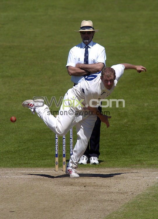 PICTURE BY VAUGHN RIDLEY/SWPIX.COM -  Cricket - Liverpool Victoria County Championship, Day Four - Yorkshire v Hampshire - Headingley, Leeds, England - 03/06/06...? Simon Wilkinson - 07811 267706...Yorkshire's Anthony McGrath.