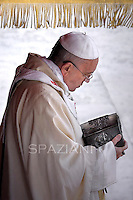 Pope Francis  Holy Mass  of the closing of the Year of Faith, in the Vatican, 24 November 2013.